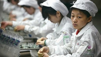 Chinese Workers Poisoned While Making iPhones For Apple