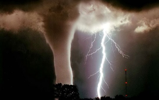 Tornadoes Touch Down In Midwest Oklahoma and Missouri