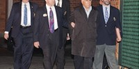 IMF Chief Kahn flees New York hotel after trying to rape maid