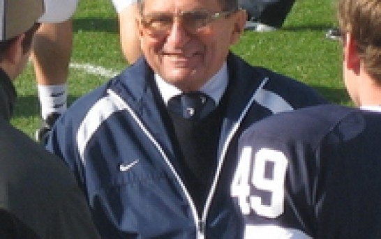 Former Penn State college football coach Joe Paterno dead at 85 in aftermath of child sex scandal