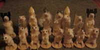Artist creates chess set out of stuffed mice