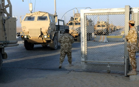 U.S. and Turkey to evacuate embassies in Iraq, tell citizens to get out