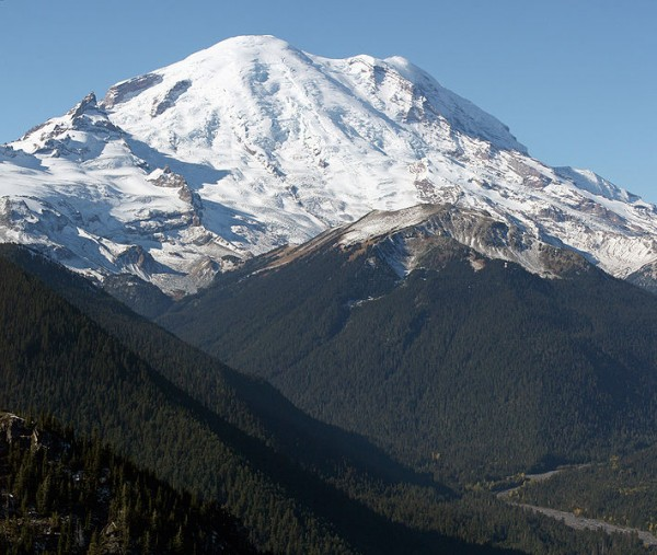 A man is running wild on Mount Rainier after killing a park ranger.